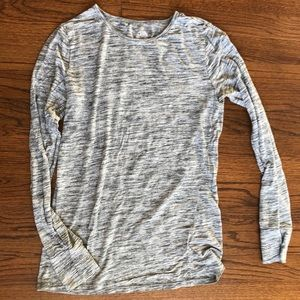 Gap long sleeve top in grey